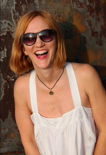 Lisa laughing in sunglasses.png - click to view - mousewheel to zoom